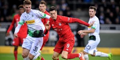 Lewandowski se mantiene líder