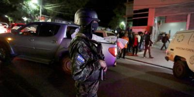 Sube a 20 el número de muertos por tiroteo en cárcel del Caribe de Honduras