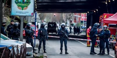 Al menos un muerto dejó como saldo el ataque con un cuchillo perpetrado por un hombre al sur de París