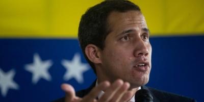 Oposición venezolana denuncia acoso antes de sesión para reelegir a Guaidó