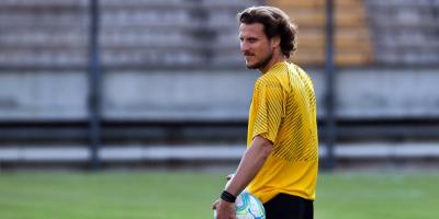 Diego Forlán dirigió su primer entrenamiento en Peñarol
