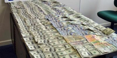 Un argentino fue detenido mientras intentaba ingresar por Colonia unos 40 mil dólares