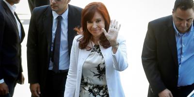 Cristina Fernández regresó a Argentina tras visitar a su hija en Cuba