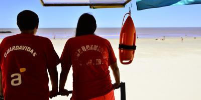 Los guardavidas de Montevideo se declararon en conflicto