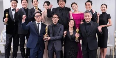 """""""Parasite"""" arrasa en los Óscar con cuatro premios, incluido mejor película"""