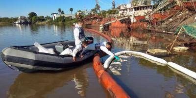 Armada Nacional continúa trabajos de extracción de hidrocarburo