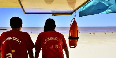 Adeom podría paralizar el servicio de guardavidas durante Carnaval