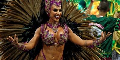 Brasil vibra al ritmo de la samba en su primer día de Carnaval