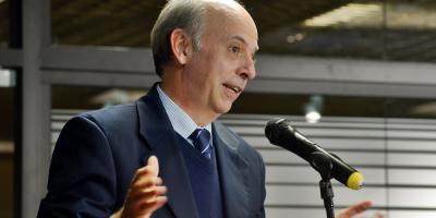 """García sostuvo que """"en las Fuerzas Armadas los comandantes no renuncian"""""""