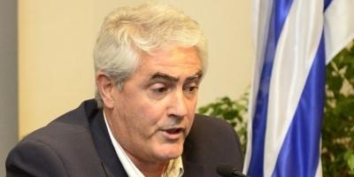 La Justicia formalizó al intendente de Soriano, Agustín Bascou, que no podrá salir del país