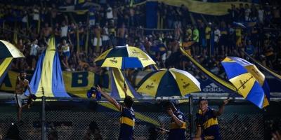 Boca festeja en la Bombonera tras adjudicarse el título de la Superliga