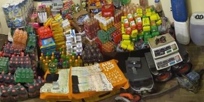 Tacuarembó: La Policía allanó una vivienda y detuvo a tres personas por la venta de drogas y contrabando