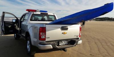 La Armada incautó un kayak sin documentación y detectó aglomeraciones en la costa