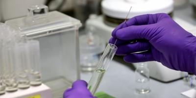 Científico 'avisa' que habrá escasez de vacunas en EEUU si no se toman medidas