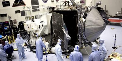 El Centro Kennedy reanudará envío de los satélites Starlink sin espectadores