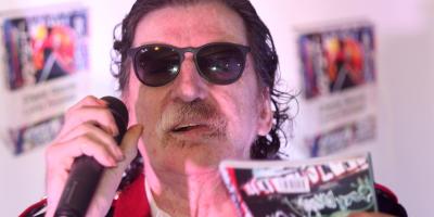 El músico argentino Charly García recibió el alta hospitalaria
