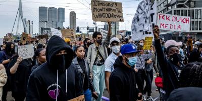 Manifestantes desafían toque de queda en Nueva York con 180 detenciones