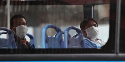 La Junta Departamental de Montevideo aprobará sanciones para quienes suban a ómnibus sin tapabocas