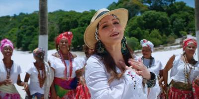 """Gloria Estefan anuncia su nuevo disco a ritmo de samba con """"Cuando hay amor"""""""