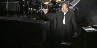Julio Iglesias cancela su gira por España de 2020