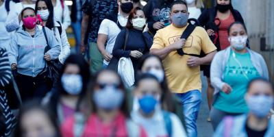 El coronavirus sigue incontenible en Brasil y Chile que marcan nuevos récords