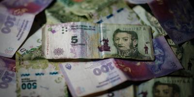 """Capturan al presunto """"mayor falsificador de billetes de plástico del mundo"""""""