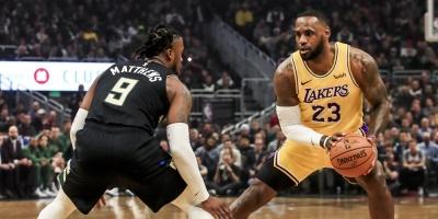 """Los Clippers presionan para que la NBA acepte a más gente en la """"burbuja"""""""