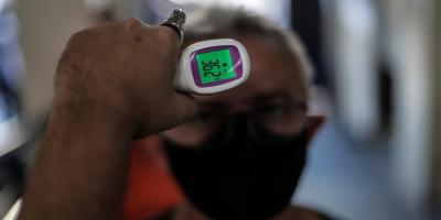 Estados Unidos roza el récord de nuevos contagios diarios con más de 35.000