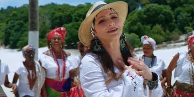 """Gloria Estefan regresa por la puerta grande sintiendo """"honor"""""""