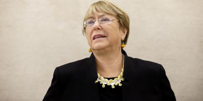 Michelle Bachelet es interpelada por situación de presos mapuches en Chile