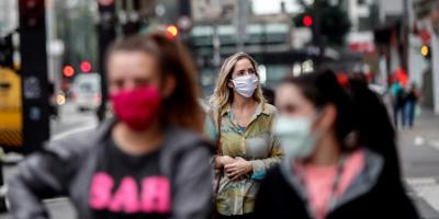 Un estudio revela que las gotitas respiratorias pueden viajar más de dos metros