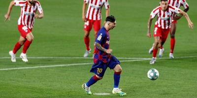 Messi alcanza los 700 goles oficiales con el Barça y la selección argentina