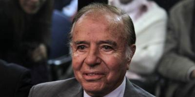 Carlos Menem cumple 90 años mientras se recupera en el hospital