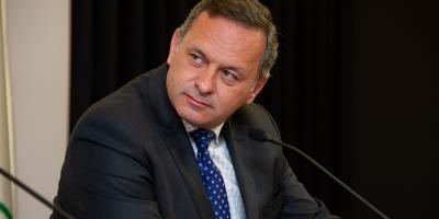 Delgado manifestó que con Bustillo se mantendrá la política exterior definida por el Gobierno