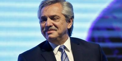 """El FMI considera un """"paso importante"""" la nueva oferta de canje de Argentina"""