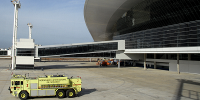 Detectaron que una pasajera que arribó al aeropuerto dio COVID-19 positivo