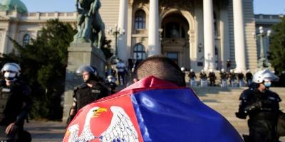 Los disturbios en Belgrado se saldan con 36 heridos, 19 de ellos policías