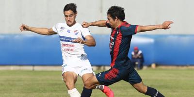 Se complica retorno del fútbol en Paraguay tras suspensión de tres partidos