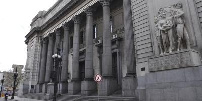 Un paro parcial afecta desde este mediodía al Banco de Seguros del Estado y a varias agencias del Banco República (BROU) en Montevideo