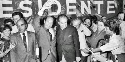 Políticos y personalidades recordaron al nacionalista Alberto Zumarán