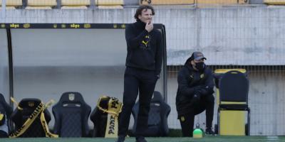Saralegui comenzará tareas al suceder a Forlán como entrenador del Peñarol