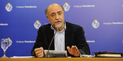 El ministro de Trabajo Pablo Mieres, dijo que e gobierno prevé una recuperación del salario a partir del 2022