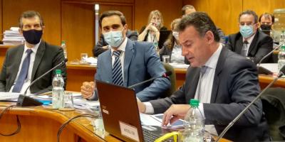 Salud Pública recordó que sigue vigente la obligatoriedad de no aglomerarse