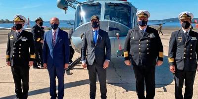 Lacalle Pou participó en la entrega de un helicóptero para patrullaje naval