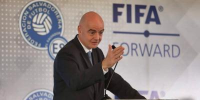 """Infantino abre debate sobre cambios en ligas: """"Menos partidos, pero mejores"""""""