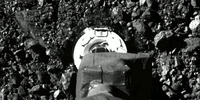 Sonda de la NASA recogió muestras suficientes del asteroide Bennu