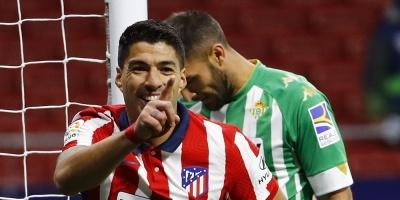 Suárez anotó un gol para la victoria 2-0 Atlético