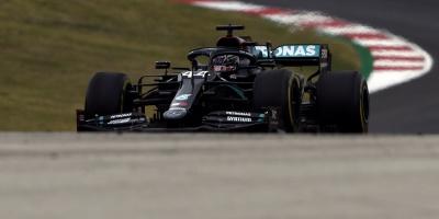 Hamilton adelanta también a Schumacher en la historia de la F1