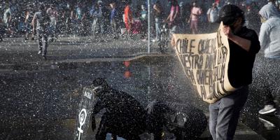 Director de la Policía chilena renuncia tras polémica gestión de protestas