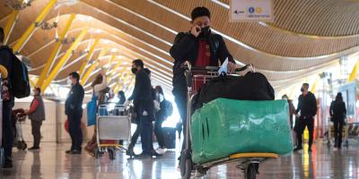 España recibió a 874.000 pasajeros internacionales en octubre, un 90 % menos